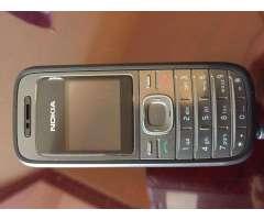 Nokia. Usada, con cargador.