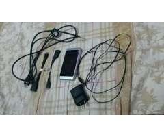 Nokia N8 con Todos Sus Accesorios