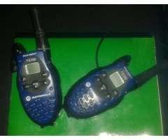 Radio Comunicador Motorola T5720, el que ve en la foto.