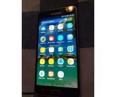 Samsung Galaxi J5.6