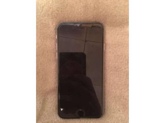 Se Vende iPhone 6 Pequeño de 32Gb