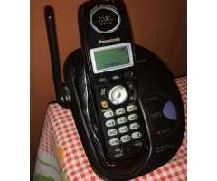 Telefono inalámbrico Panasonic KX-TG2821LA