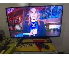 Tv 40led Panasonic con Convertidor Smart