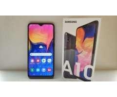 Samsung A10 Totalmente nuevo en su caja y accesorios