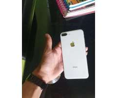 Se Vende iPhone (8Plus)