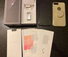 iPhone 8 Plus 64 GB y Play 4 completos